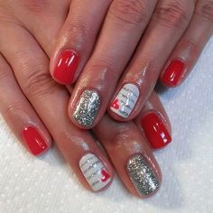 These #nails have #love written all over them. #nailart #valentinesday #red #glitter