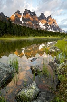 Ramparts at sunrise, Tonquin Valley