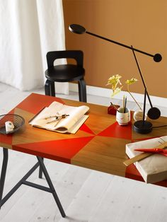 WORKSPACE | Table