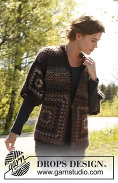 "Free pattern: Crochet DROPS jacket with granny squares in ""Delight"", ""Fabel and ""Kid-Silk"". Size: S - XXXL."