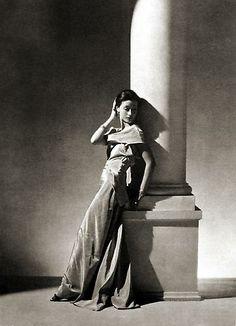 Evening Dress by Vionnet, Paris [Toto Koopman]   by George Hoyningen-Huene  1934  platinum/palladium print
