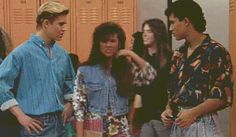 When it comes to dating, ask yourself: what would Kelly Kapowski do? (Hint, it involves a lot of hair flipping.)
