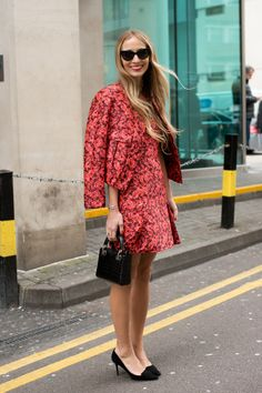 Harley V spotted wearing the AVRIL pump at LFW