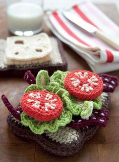 Crochet Amigurumi Sandwich from 'Yummi 'Gurumi'. ☀CQ #crochet #amigurumi http://www.pinterest.com/CoronaQueen/crochet-amigurumi-corona/