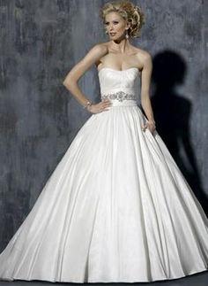 Used Maggie Sottero Rachael wedding dress has pockets!