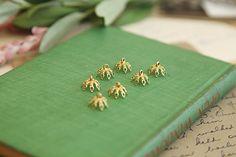 10Pcs Brass color lace Cups