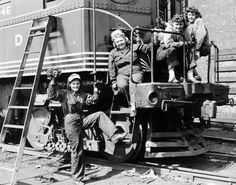 women railroad workers in October 1942