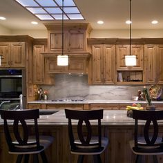 Knotty Pine Kitchen Cabinets Design Ideas, Pictures, Remodel, and