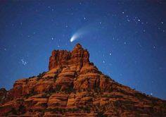 Hale-Bopp Comet Over Sedeona's Bell Rock ©1997 Michael Irvine