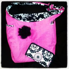 Pink Pop Medallion (on wallet) looks great with Pink Cross Pop and Black Floral Brushstrokes!