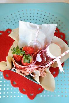 Valentine's Day lunch! Party with SUCH CUTE Ideas via Kara's Party Ideas Kara Allen KarasPartyIdeas.com #BeMine #ValentinesDayParty