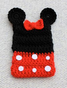 Crochet Minnie Mouse Cell Phone/Mobile Cover/Case. £7.00, via Etsy.