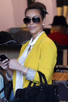 Kim Kardashian - Love the Yellow!