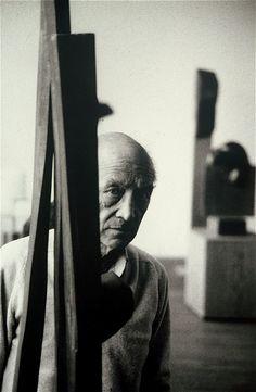Isamu Noguchi, 1992 by Richard Schulman
