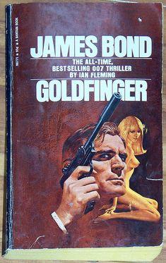 "James Bond - Nude Cover ""GOLDFINGER"" Ian Fleming - MM 1st Bantam edition Paperback 1972 $8"