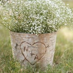 How charming are these rustic centerpieces?