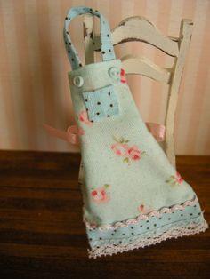 miniature dollhouse apron via Etsy.