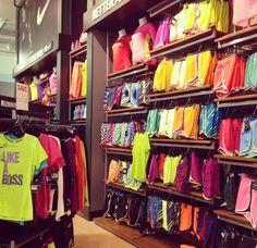 nike training clothes >