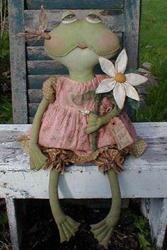 Free Primitive Craft Patterns   ... .com ::. PatternMart: Primitive Frog Doll Pattern Lill E. Pad