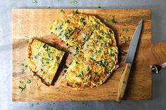 Kale and Bacon Frittata | kitchenkonfidence.com