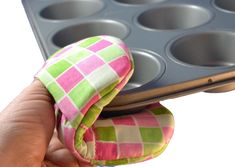 Posh Pot Holder - You can be stylish when cooking! If you enjoy baking, enjoy the accessories too! Our posh potholders come in two sizes and are completely made in the hoop of your embroidering machine. They're fast and easy, and make wonderful hostess gifts! Hoop size: 5x7 Design size: 4.80 x 6.80 Stitch count: 1893  Hoop size: 6 x10 Design size: 5.35 x 8.56 Stitch count: 2152  Designs will be sent instantly in the following formats: ART, PES, JEF, HUS, DST, VIP, EXP