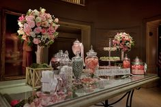 THIS is what a candy table should be.