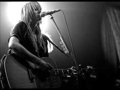 Grace Potter & the Nocturnals - Tonight I'll Be Staying Here With You (Bob Dylan cover)