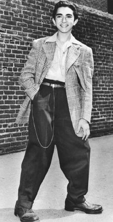 A zoot suit outfit that was popular among Mexican American youths in the 1940s.