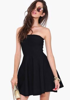 Black Strapless Backless Pleated Dress