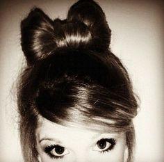Bow hair (: