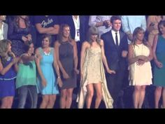 Taylor Swift Dancing to Cruise. Just remember, when you think you are the worst dancer in the planet, Taylor swift will always be worse. I love watching the guy next to her lol. His face is hilarious.