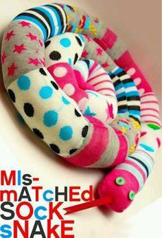 idea, craft, mismatch sock, socks, mismatched sock snake, snakes