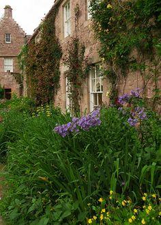 Cawdor Castle Garden by 2bpencil, via Flickr