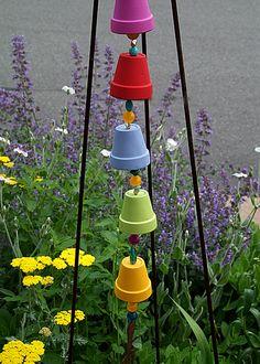 garden decorations, garden project, garden art, garden crafts, craft projects, flower pots, wind chimes, rain chain, clay pots