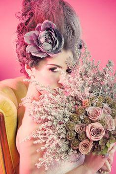 flower fan, love it for a princess wedding...