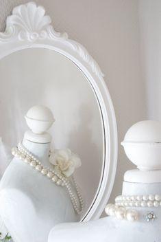 White interiors #decor #interiors