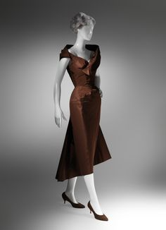 Charles James (American, born Great Britain, 1906–1978). Spiral, 1950. The Metropolitan Museum of Art, New York.  Brooklyn Museum Costume Collection at The Metropolitan Museum of Art, Gift of the Brooklyn Museum, 2009; Gift of Mrs. William Randolph Hearst, Jr., 1953 (2009.300.167) #CharlesJames
