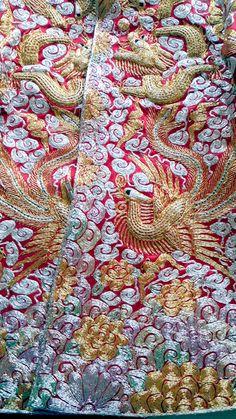 Chinese Silk Robes | We worked on a ChineseKenyan wedding last December in Hong Kong