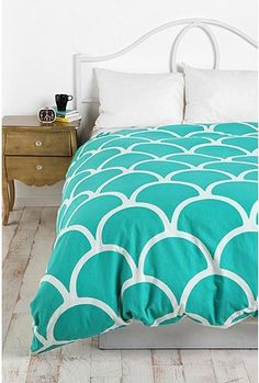 so many different bedding ideas!