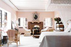 Marella Agnelli's bedroom in Morocco - love the blush walls!