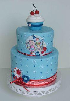 Cherry cupcake cake