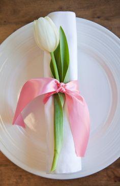 tulip placesetting