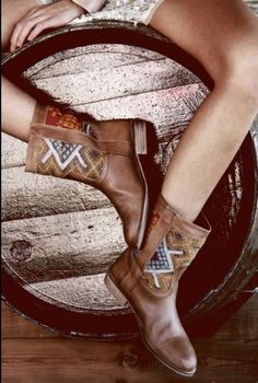 . style, accessori, leather boots, cowgirl, shoe lust, brown boots, dem boot, walk, boho fashion