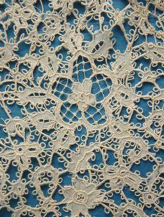 Carrickmacross Guipure - Detail