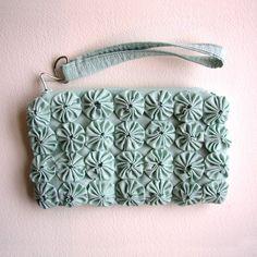 Yoyo Zipper pouch Wristlet Cluth from @Robyn #etsy