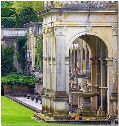 The formal sunken Fountain Gardens,in beautiful Longwood Gardens. Kennett Square Pennsylvania.