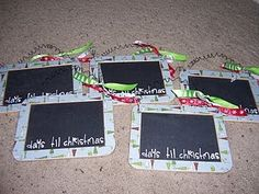 Countdown 'til Christmas chalkboard, could make one for all of kids' favorite holidays!