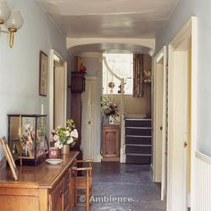 Country cottage entrance hall stairway landing on pinterest hallways foyers and entrance halls - Country cottage hallways ...