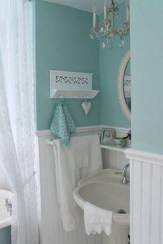 Sweet little aqua bath...