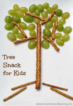 Tree snack for kids: grapes and pretzels.
